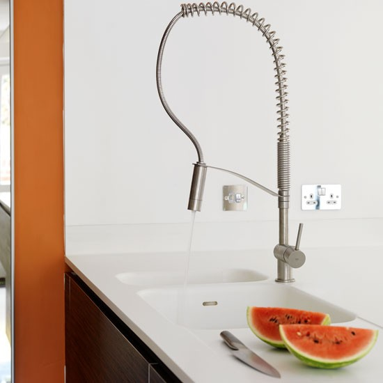 Integrated sink and spray tap | Contemporary kitchen tour | PHOTO GALLERY | Beautiful Kitchens | Housetohome.co.uk