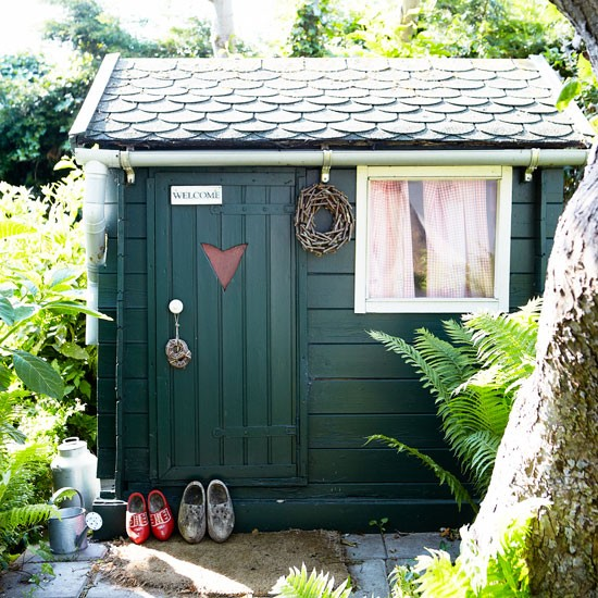 Shed | House tour | PHOTO GALLERY | Country Homes and Interiors | Housetohome.co.uk
