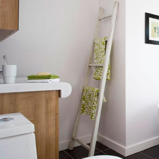 Towel Ladder Modern Bathroom Makeover Housetohome Co Uk