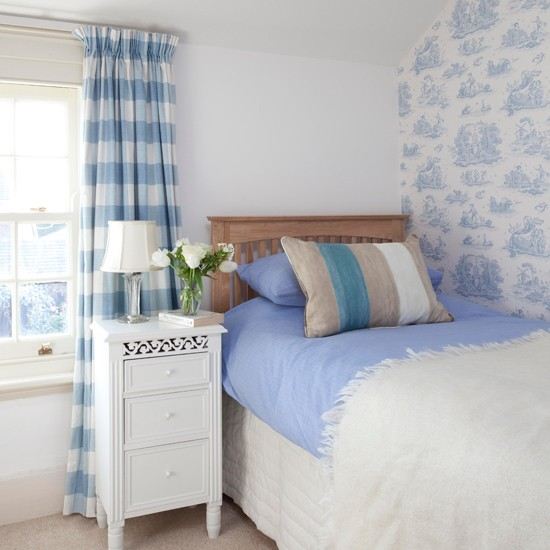 Blue and white country bedroom | Small bedroom ideas | Bedroom | PHOTO GALLERY | 25 Beautiful Homes | Housetohome.co.uk