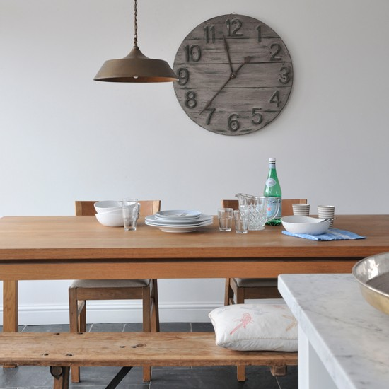Industrial style dining room country decorating ideas for Dining room ideas industrial