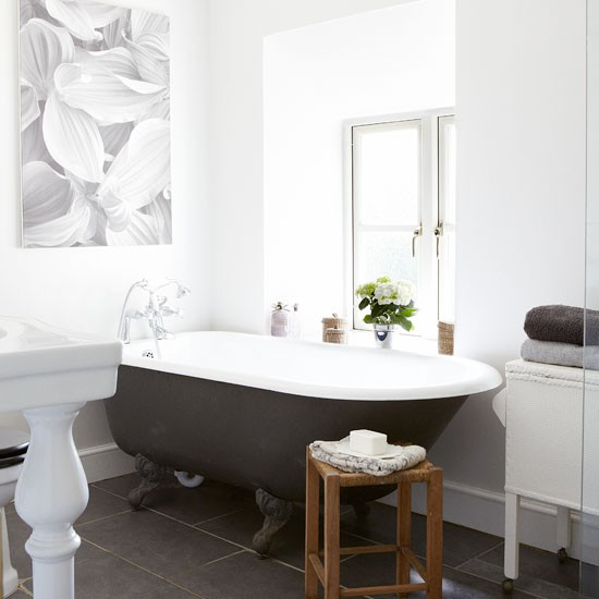 Traditional-style bathroom   Country decorating ideas   Country Homes & Interiors   Housetohome