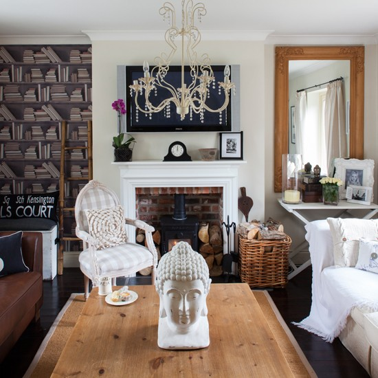 Quirky traditional living room traditional decorating for Quirky dining room ideas