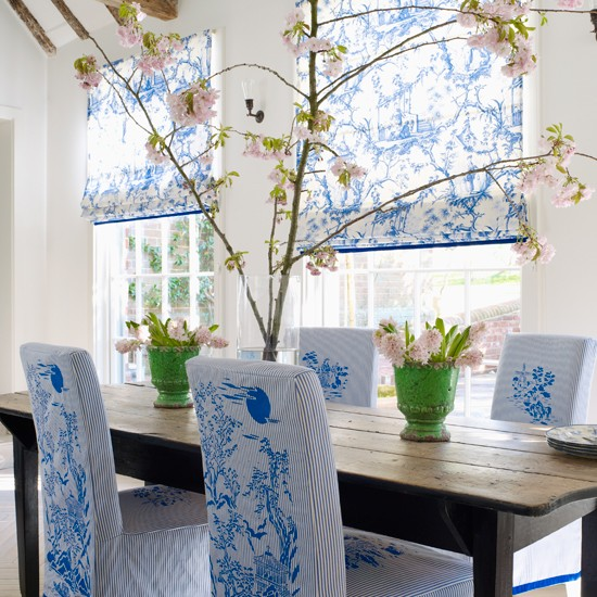 Cool blue and white dining room | Toile deocrating ideas | Homes & Gardens | Housetohome