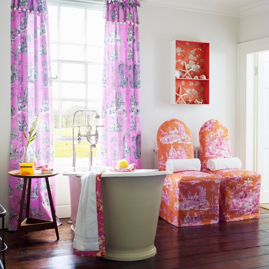 Bright toile bathroom with colourful accessories | colourful bathroom ideas | bathroom ideas | PHOTO GALLERY | Housetohome.co.uk