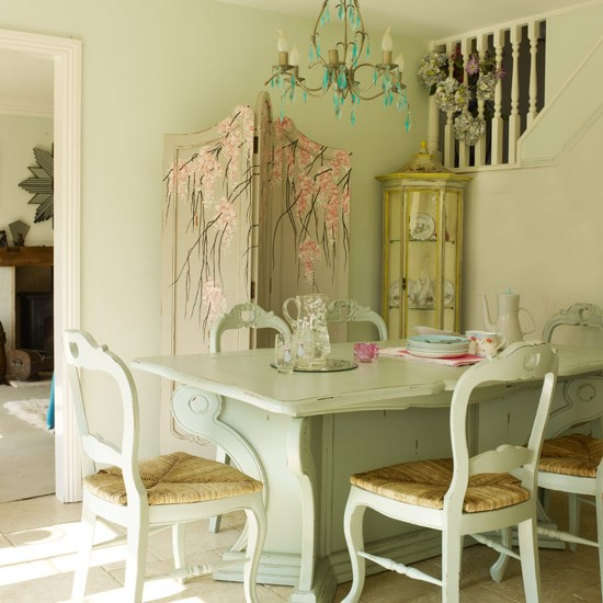 Dining table shabby chic willow dining table for Vintage style dining room ideas