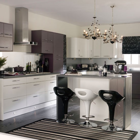 Purple monochrome kitchen | Decorating with monochrome style | Ideal Home | Housetohome
