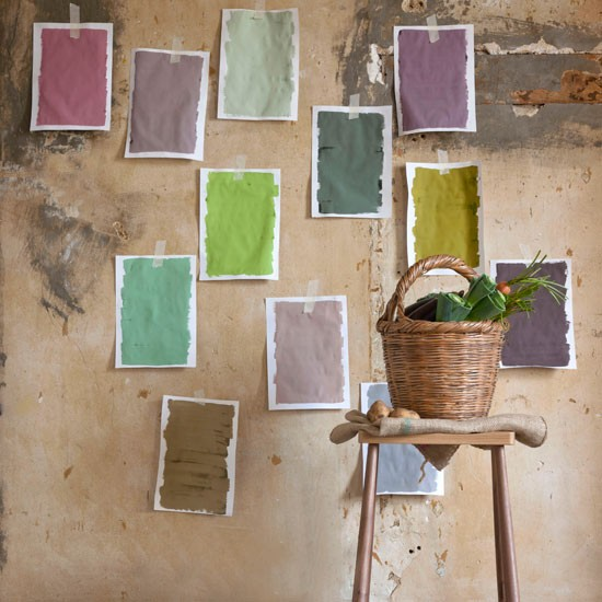 Test colours in situ | Living room | PHOTO GALLERY | Country Homes and Interiors | Housetohome.co.uk