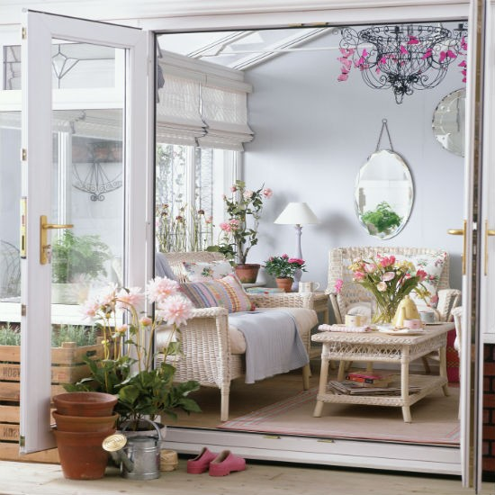 Go for vintage style | Conservatory decorating ideas | PHOTO GALLERY ...