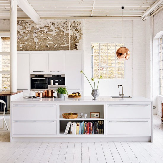 Eclectic White Kitchen: Shabby-chic White Kitchen