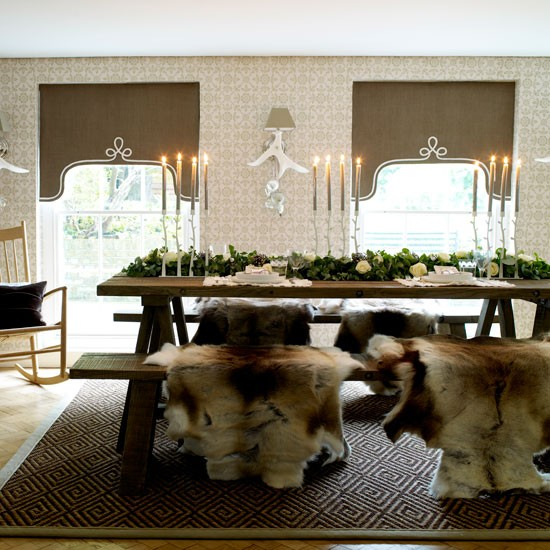 Classic country Christmas dining room | Dining room | PHOTO GALLERY | Homes & Gardens | Housetohome.co.uk