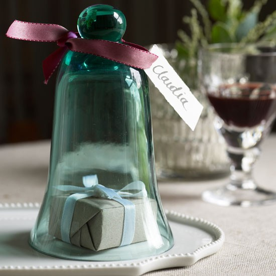 Mini cloche Christmas place setting | Dining room | PHOTO GALLERY | Homes & Gardens | Housetohome.co.uk