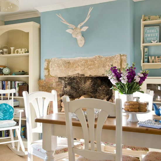 Duck egg blue dining room country decorating ideas for Country style dining room ideas