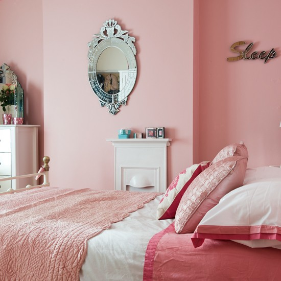 pretty pink bedroom period decorating ideas