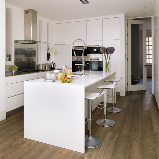 White Kitchen Units With Oak Worktop: Be Inspired By A White Minimalist Kitchen