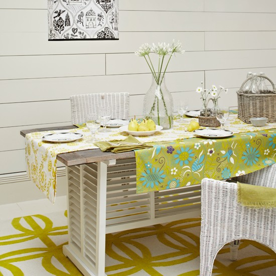 Floral lime dining room