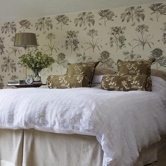 Master bedroom | House tour | Arts & Crafts house | East Sussex ...