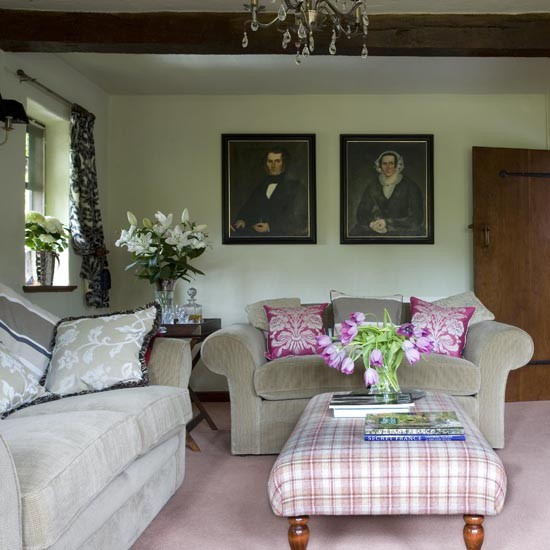 Sitting room house tour arts crafts house east for Beautiful sitting rooms