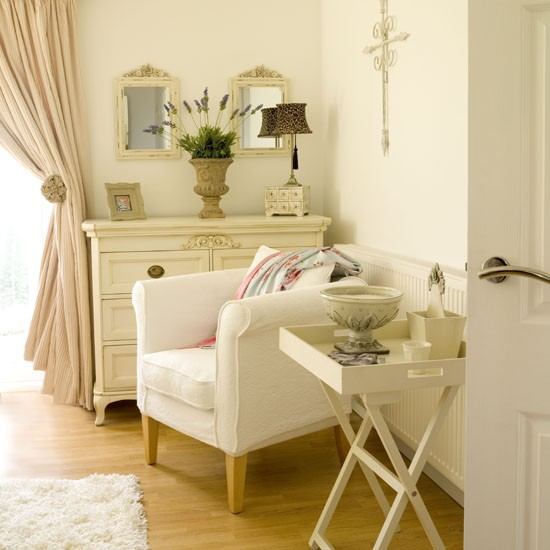 Country Bedrooms - 10 Of The