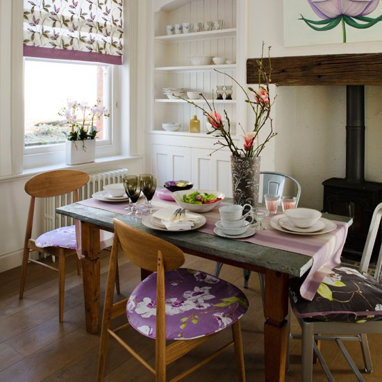 An eclectic dining room look | Dining room | PHOTO GALLERY | Country Homes and Interiors | Housetohome.co.uk