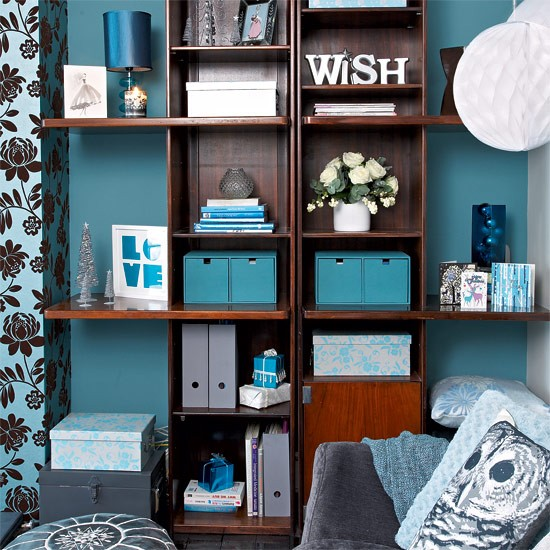 Restyle Your Shelves Festive Teal And Silver Living Room