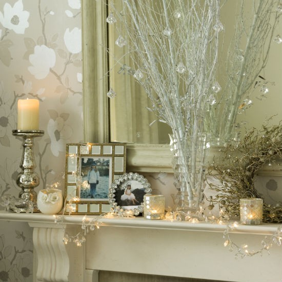 Go for crystal and glass | Christmas mantelpiece | Christmas decorating ideas | PHOTO GALLERY | Ideal Home | Housetohome