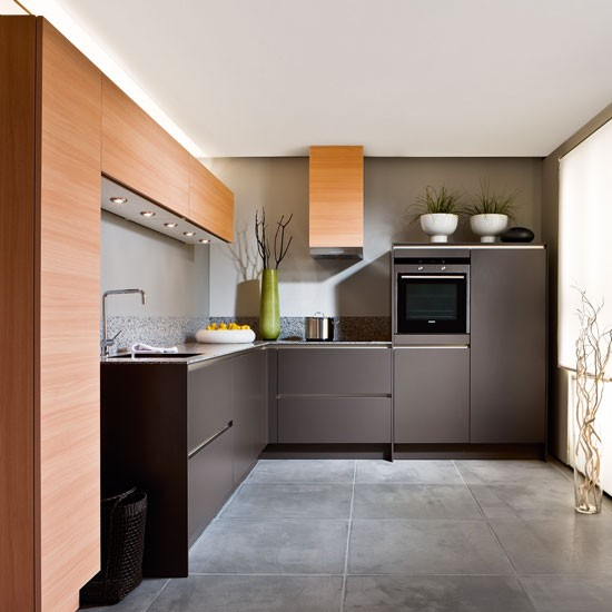Contemporary L-shaped Kitchen