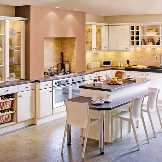 Traditional kitchens traditional kitchen designs from for Warm kitchen designs