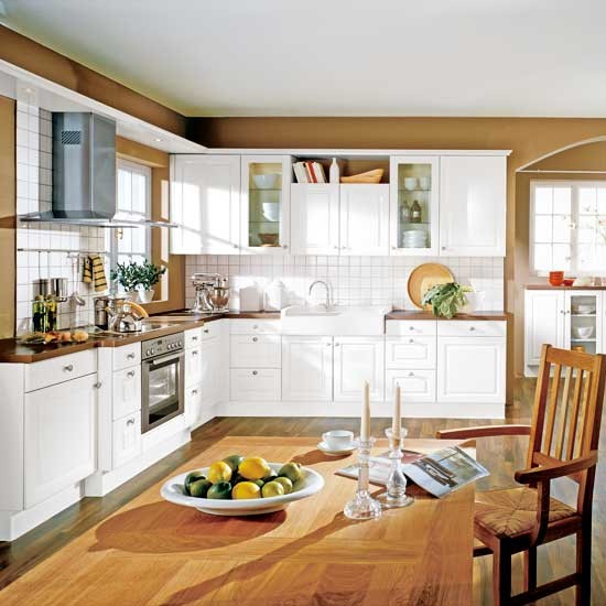 White and wood kitchen | Traditional kitchens - 10 ideas | Kitchens | PHOTO GALLERY | Beautiful Kitchens | Housetohome