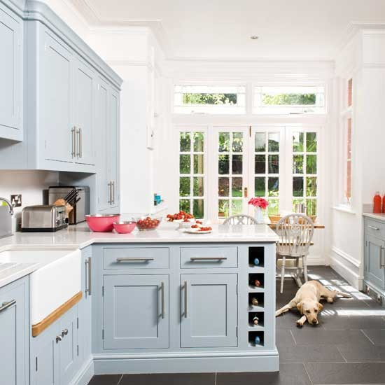Kitchen Diner Layout Ideas: Take A Tour Around A Traditional Painted Kitchen With