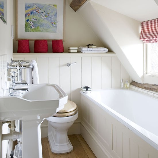 Small attic bathroom small bathroom ideas housetohome Small bathroom decorating ideas uk