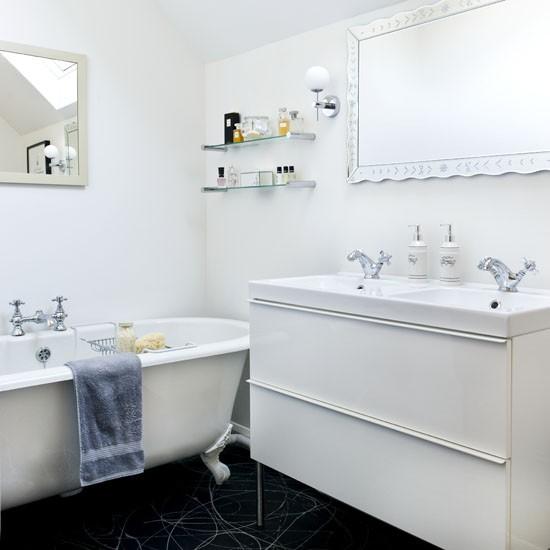 Small White Bathroom Decor Ideas images