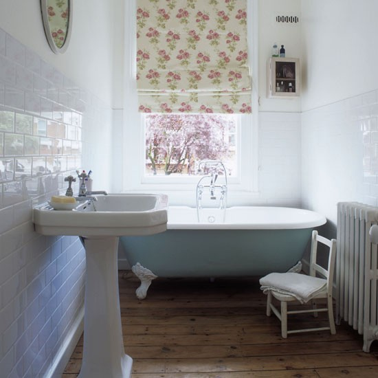 Bathrooms traditional home decoration club for Bathroom floor ideas uk