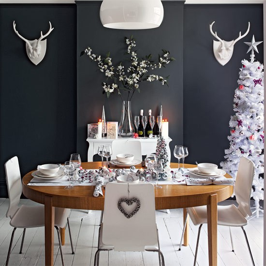 Glamorous christmas dining room ideas for Dark grey dining room