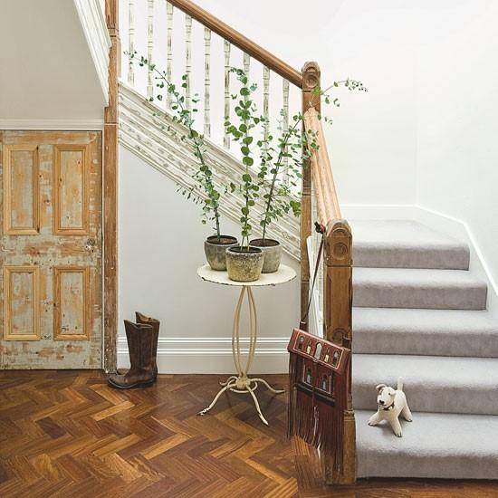 Lépcsőház | Step belül a szellemi és időtlen családi ház | Ház Tours | KÉPGALÉRIA | Livingetc | Housetohome