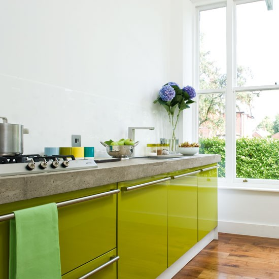 A contemporary lime green kitchen for Modern green kitchen designs