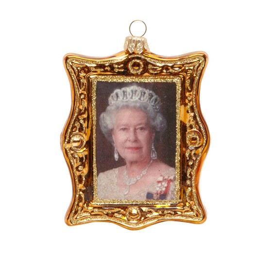 Little London Gold Queen 39 S Portrait Decoration From