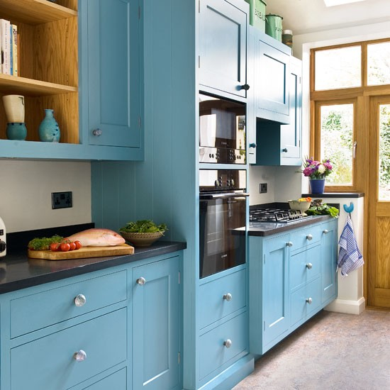 Galley kitchen design ideas for Galley kitchen ideas uk