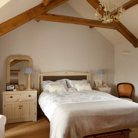Main bedroom | Country cottage | PHOTO GALLERY | Ideal Home | Housetohome