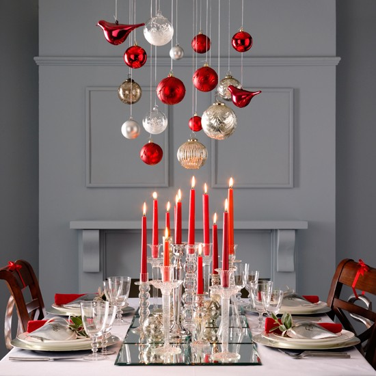 Dress your table to impress christmas party ideas 10 - Decoration table de noel rouge et or ...