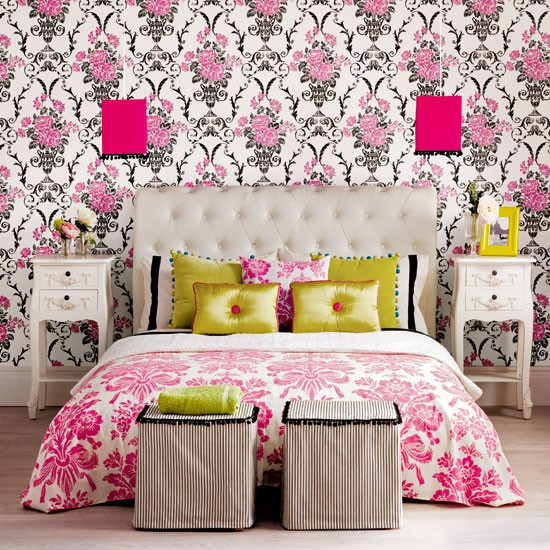 Pattern Clash Traditional Bedroom Ideas Housetohomecouk