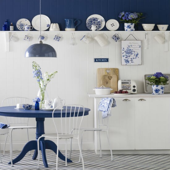 Blue and white country kitchen | Kitchen | PHOTO GALLERY | Ideal Home | Housetohome