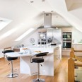 Take a tour around a bright and modern loft kitchen