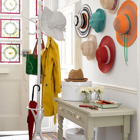 Display hats | Country hallway ideas - 10 of the best | Hallway | PHOTO GALLERY | Country Homes and Interiors | Housetohome