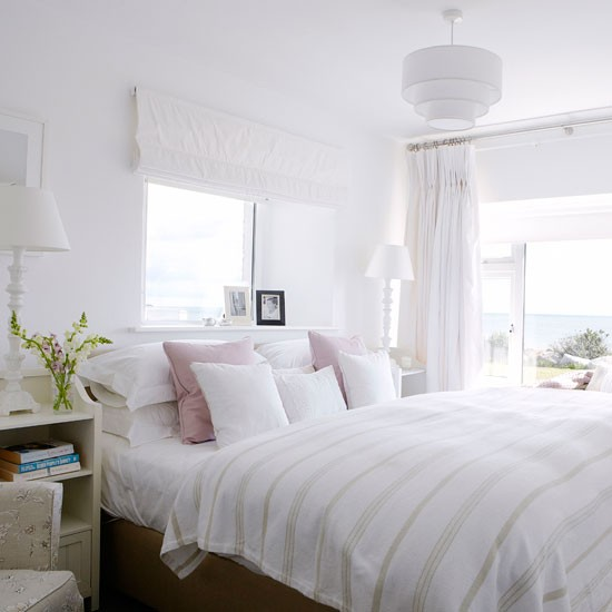 Keep It Simple With A White Scheme Country Bedroom Ideas