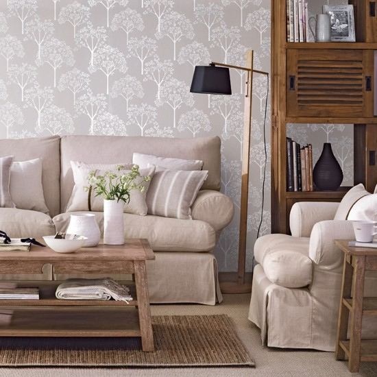 Neutral decorating ideas for Neutral family room ideas