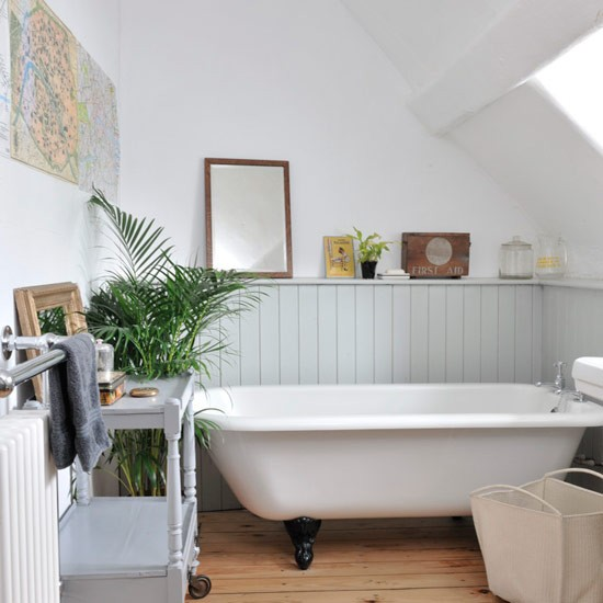 Country Style Family Bathroom Modern Country Cottage Housetohome