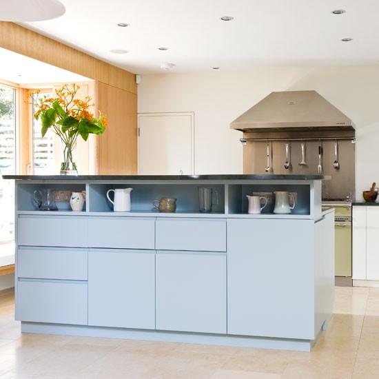 Family kitchen | Take a tour around a functional family kitchen | Kitchen | PHOTO GALLERY | Beautiful Kitchens | Housetohome.co.uk