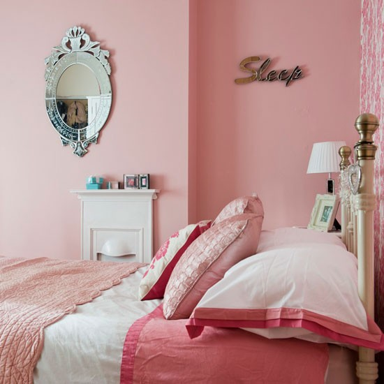 Master bedroom | Be inspired by a colourful and eclectic Victorian home in Gloucestershire | House tour | PHOTO GALLERY | 25 Beautiful Homes | Housetohome.co.uk
