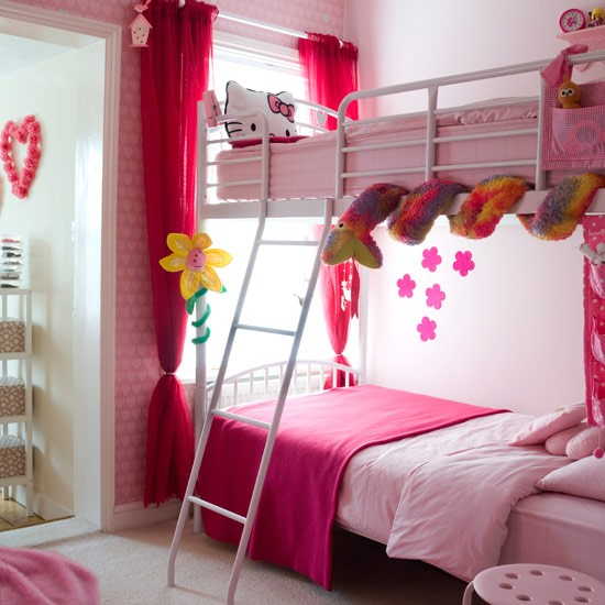 Simple under bed storage budget ideas for childrens for Girls bedroom decorating ideas with bunk beds